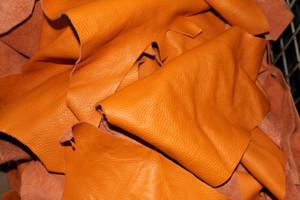 Bastelleder orange 1 Kg - Lederreste zum Basteln