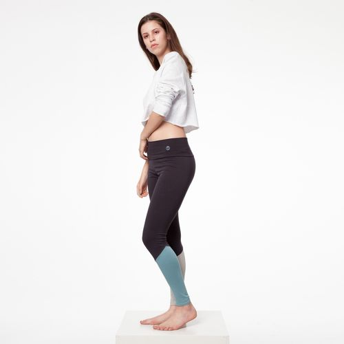 ThokkThokk TT26 Leggings Asphalt made of 5% elastane and 95% organic cotton // GOTS & Fairtrade certified