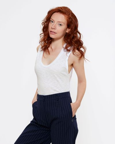ThokkThokk Woman Rolled Sleeves Tank Top White made of 100% organic cotton // Organic and Fair
