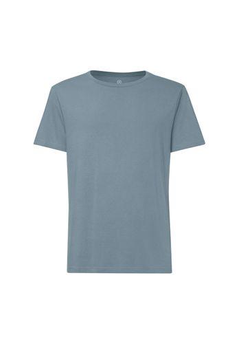ThokkThokk TT02 T-Shirt Man Light Blue made of organic cotton // Organic and Fairtrade certified