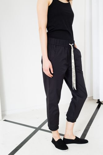 ThokkThokk Break TT61 Summer Pants Woman black/dark grey made of organic cotton // Organic and Fair