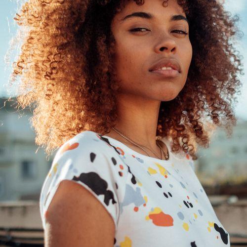 ThokkThokk Damen T-Shirt Blur Weiß Bio Fair