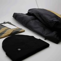 Bild 2 - 3er Pack TT2009 Light Kapok Jacket | Graffstripes T-Shirt | TT101 Folded Beanie