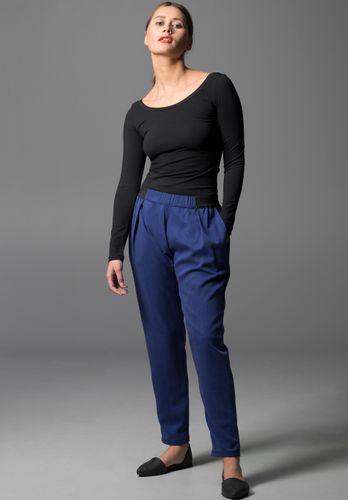 LOVJOI Woman Pants VISKLA Blue Sustainable Fair