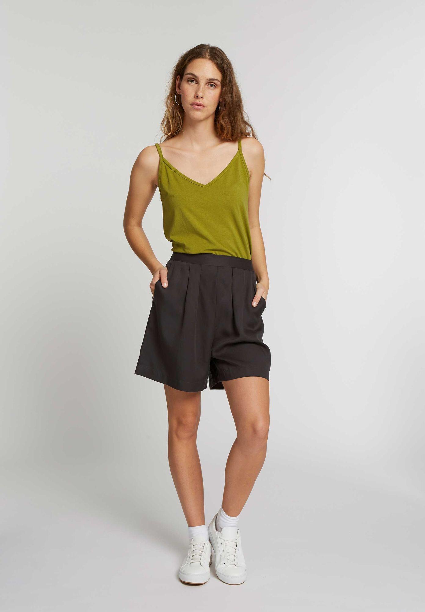 TT72 Wide Leg Shorts
