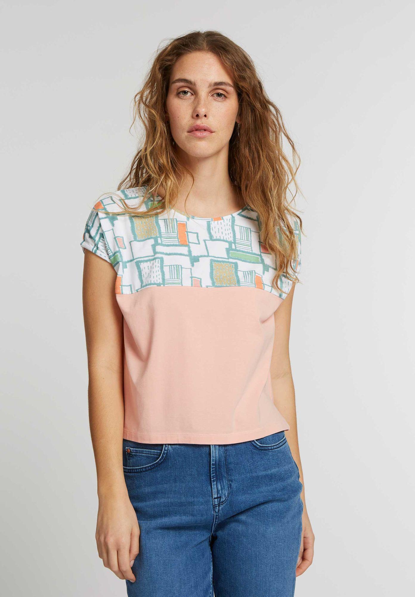 TT52 Square Shirt