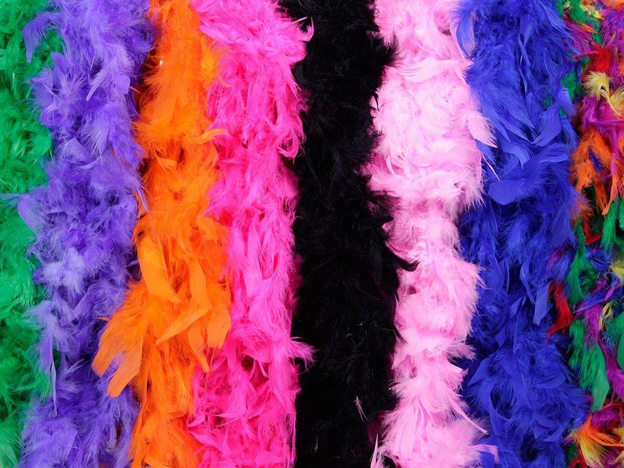 Federboa in verschiedenen Farben