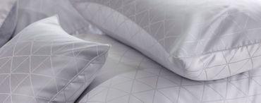 Curt Bauer Mako Brokat Damast Bettwäsche Jove Größe 155x200+80x80 cm Farbe Perlgrau – Bild 4