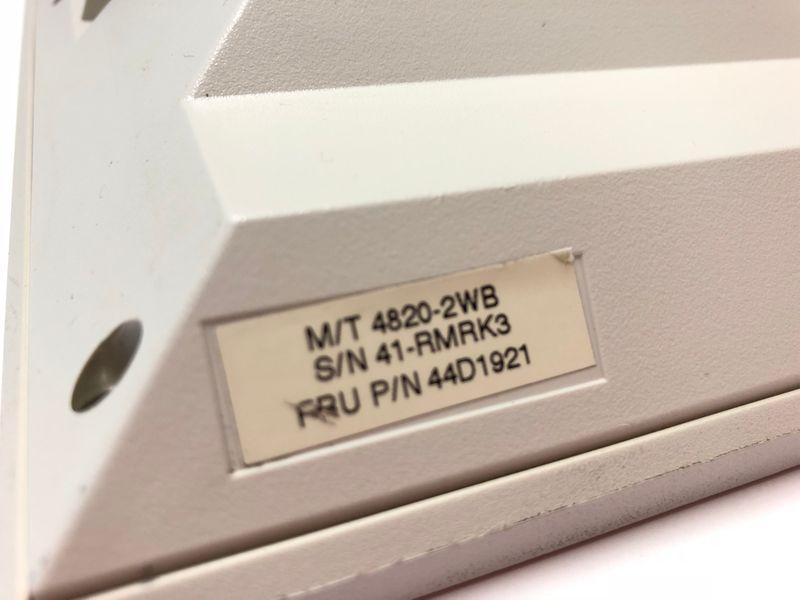 IBM SurePoint 4820-2WB Touchmonitor USB Pearl White ohne Halterung 44D1921 – Bild 3