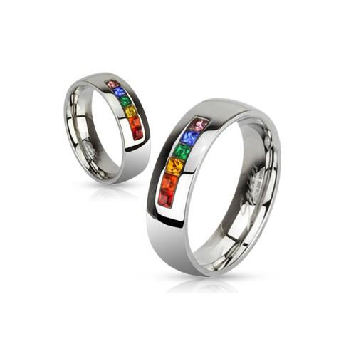 Ring by Ring, das ist Schmuck voller Emotionen und Poesie. Grafische Elemente, Lyrik und eine eigenständige Formensprache machen die Schmuckstücke von Sabine Ring-Kirschler zu aussagekräftigen Kunstwerken.