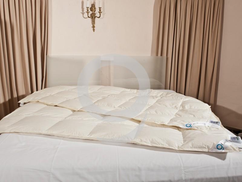 4 Jahreszeiten Bettdecke 155x220 Übergröße 90% Daune SALE 001