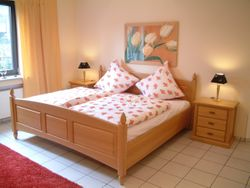 Schlafzimmerprogramm Rügen im Landhausstil, Eiche, Buche oder Kirschbaum vollmassiv, jedes Maß möglich, Bett, Kleiderschrank, Nachtschränke