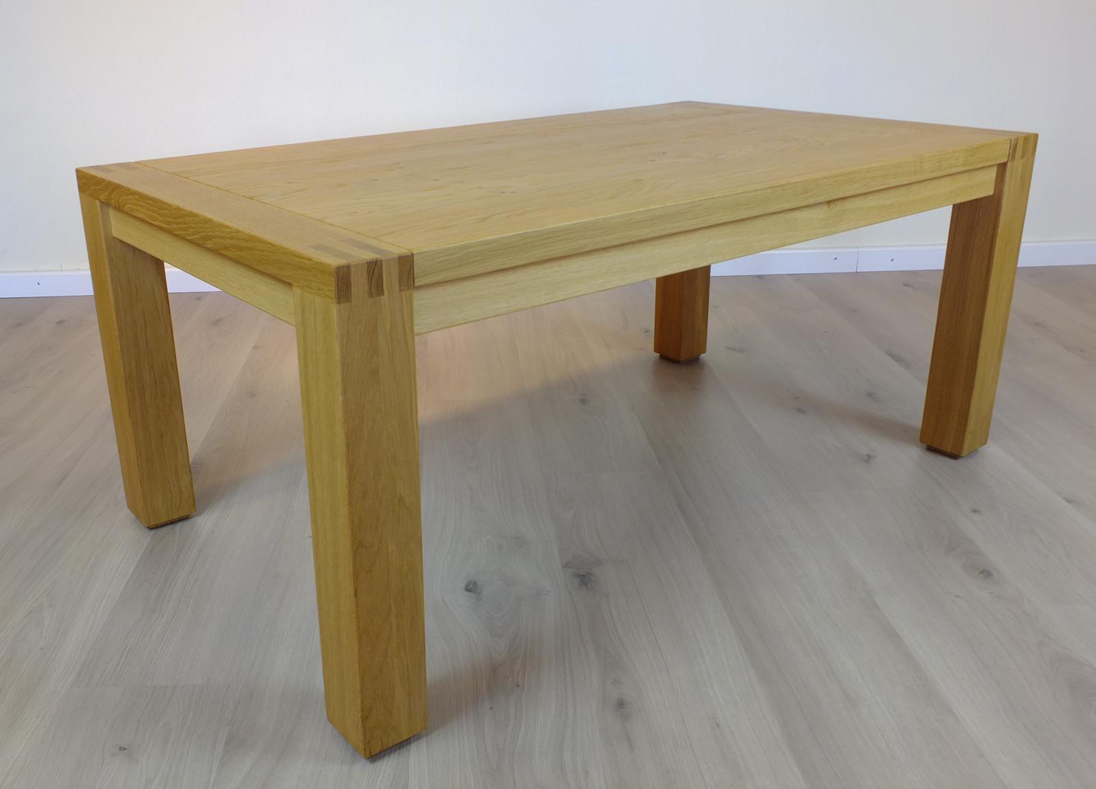 Couchtisch / Wohnzimmertisch Kantatus 130 X 70 - Höhe 52 cm, Holzplatte mit sichtbarer Zinkung, Eiche massiv