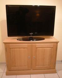 Malta TV-Anrichte 2-türig, Schrank für Flachbild-TV, moderner Landhaus-Stil / Eiche, Buche oder Kirschbaum vollmassiv