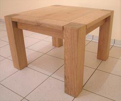 Couchtisch / Wohnzimmertisch / Sofatisch / Ecktisch Modell: Variato 4-Stollen mit Holzplatte , der Masstisch in Eiche, Asteiche, Buche oder Kirschbaum massiv