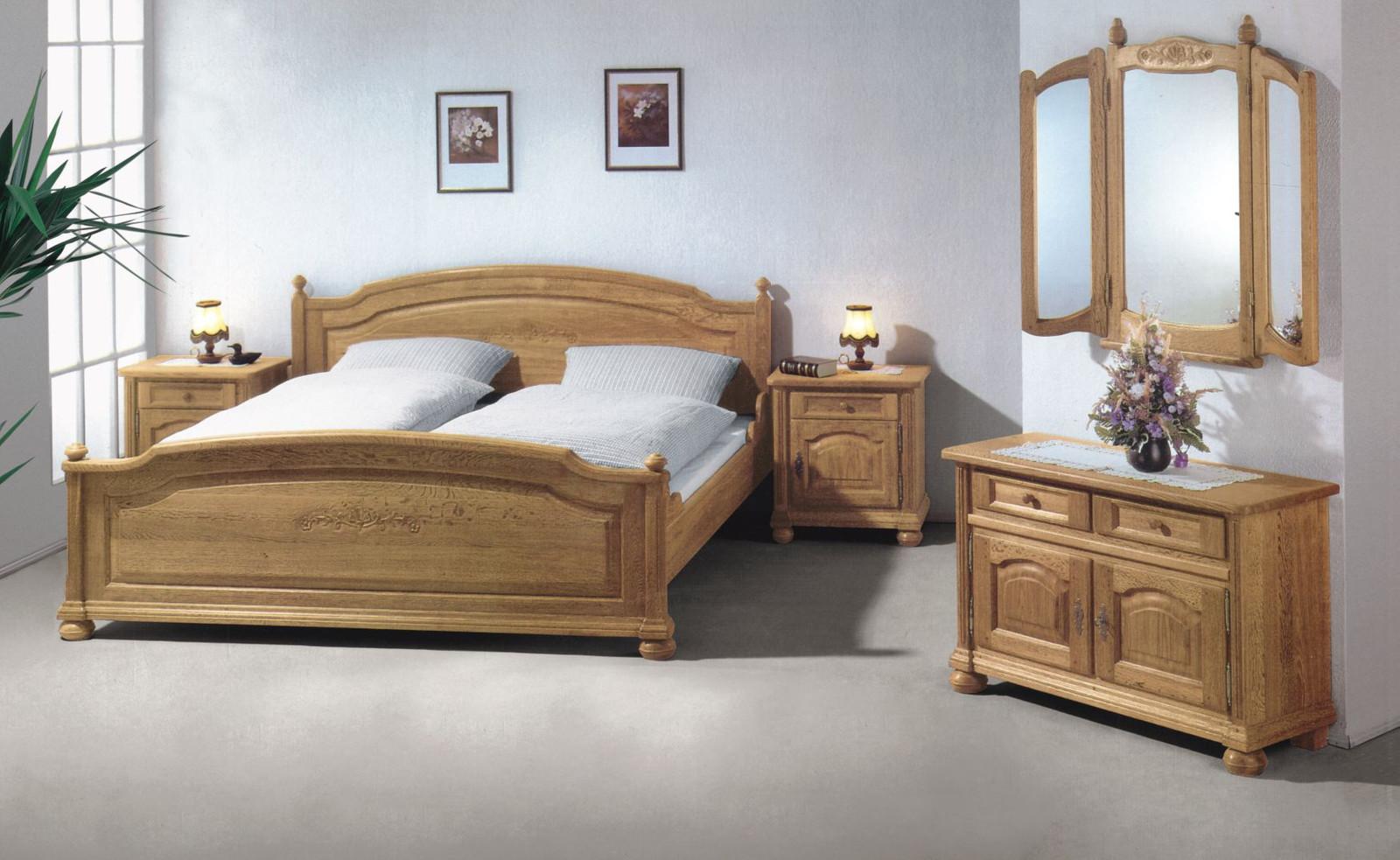 Schlafzimmerprogramm Weissensee, Rustikal / Klassisch   Bett,  Kleiderschrank Und Nachtschränke, Eiche Massiv Gelaugt Oder Anderer Farbton