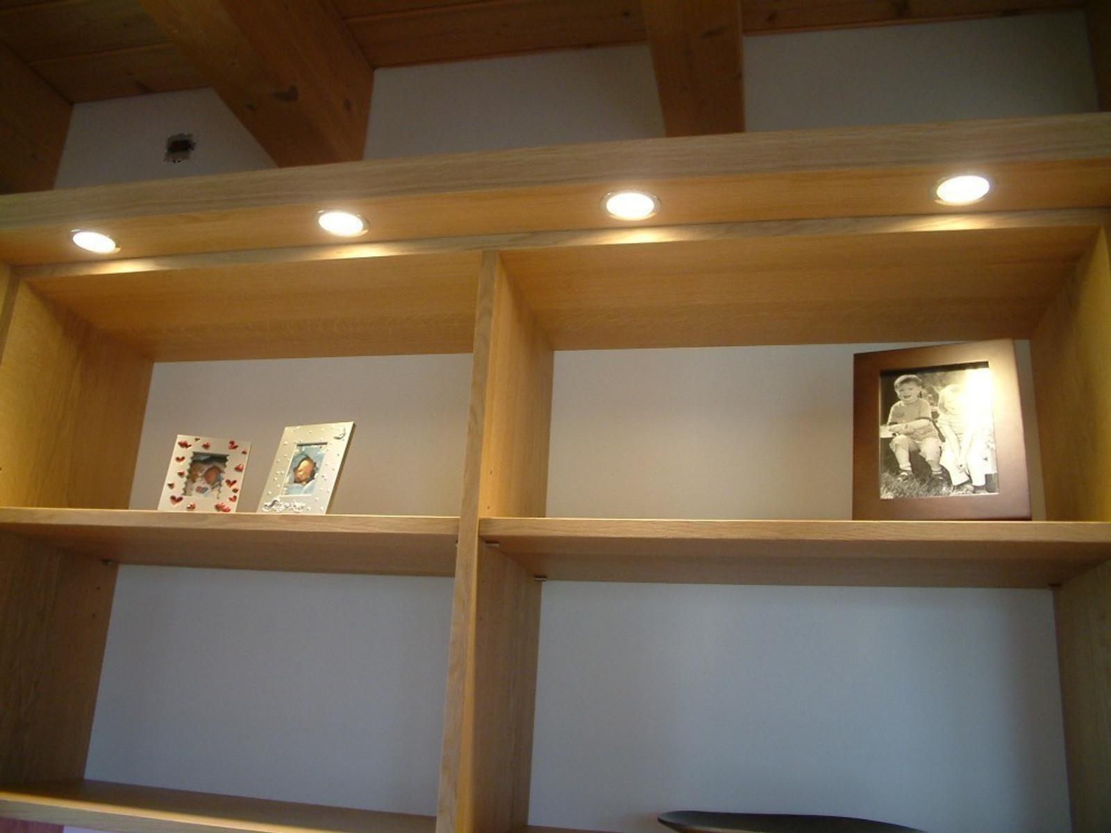 moderne wohnwand mit offenem fach f r plasma tv tv. Black Bedroom Furniture Sets. Home Design Ideas