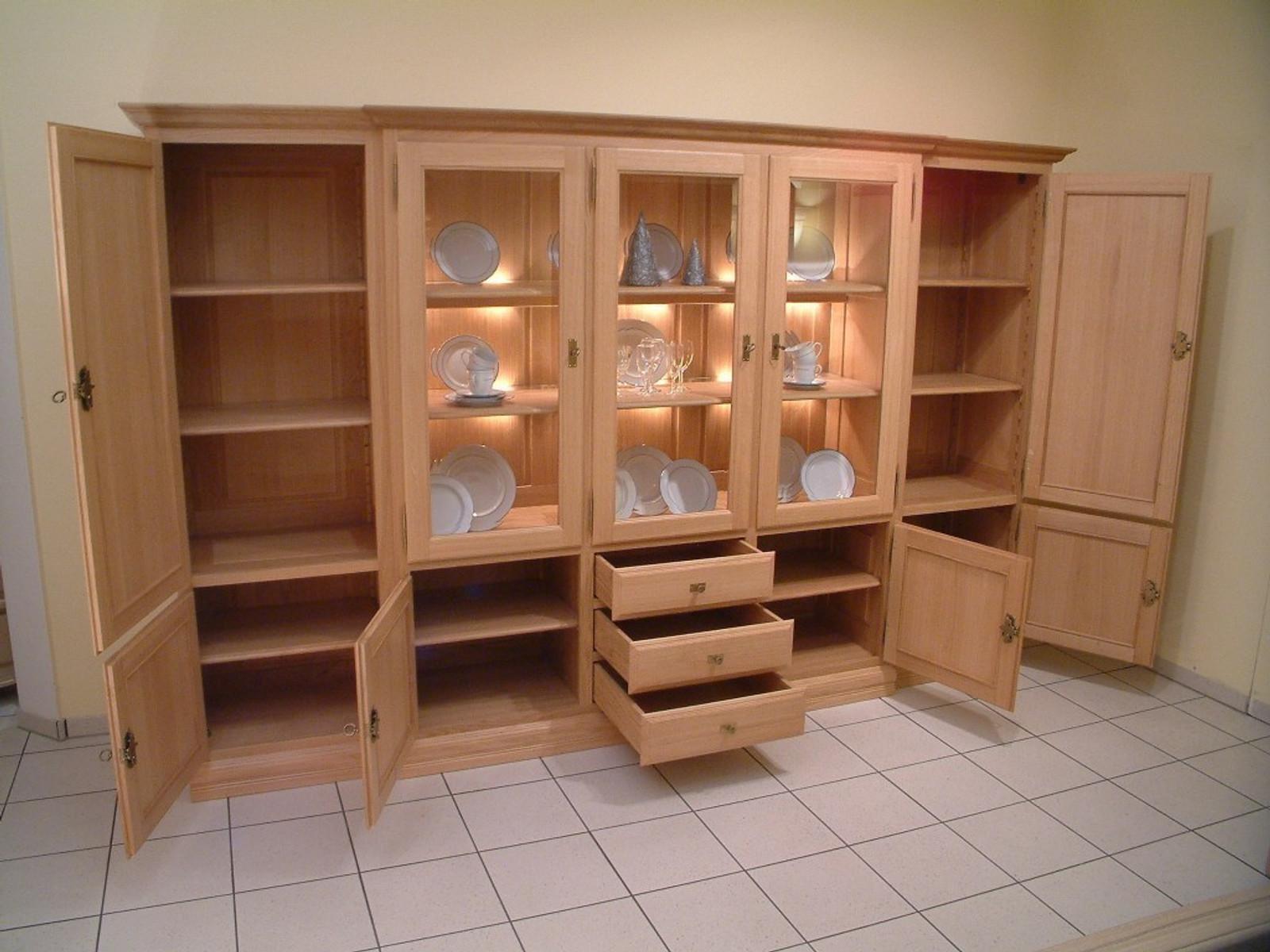 wohnschrank norden 5 t rig breite 293 cm h he 185 cm mittig mit 3 glast ren schrank im. Black Bedroom Furniture Sets. Home Design Ideas