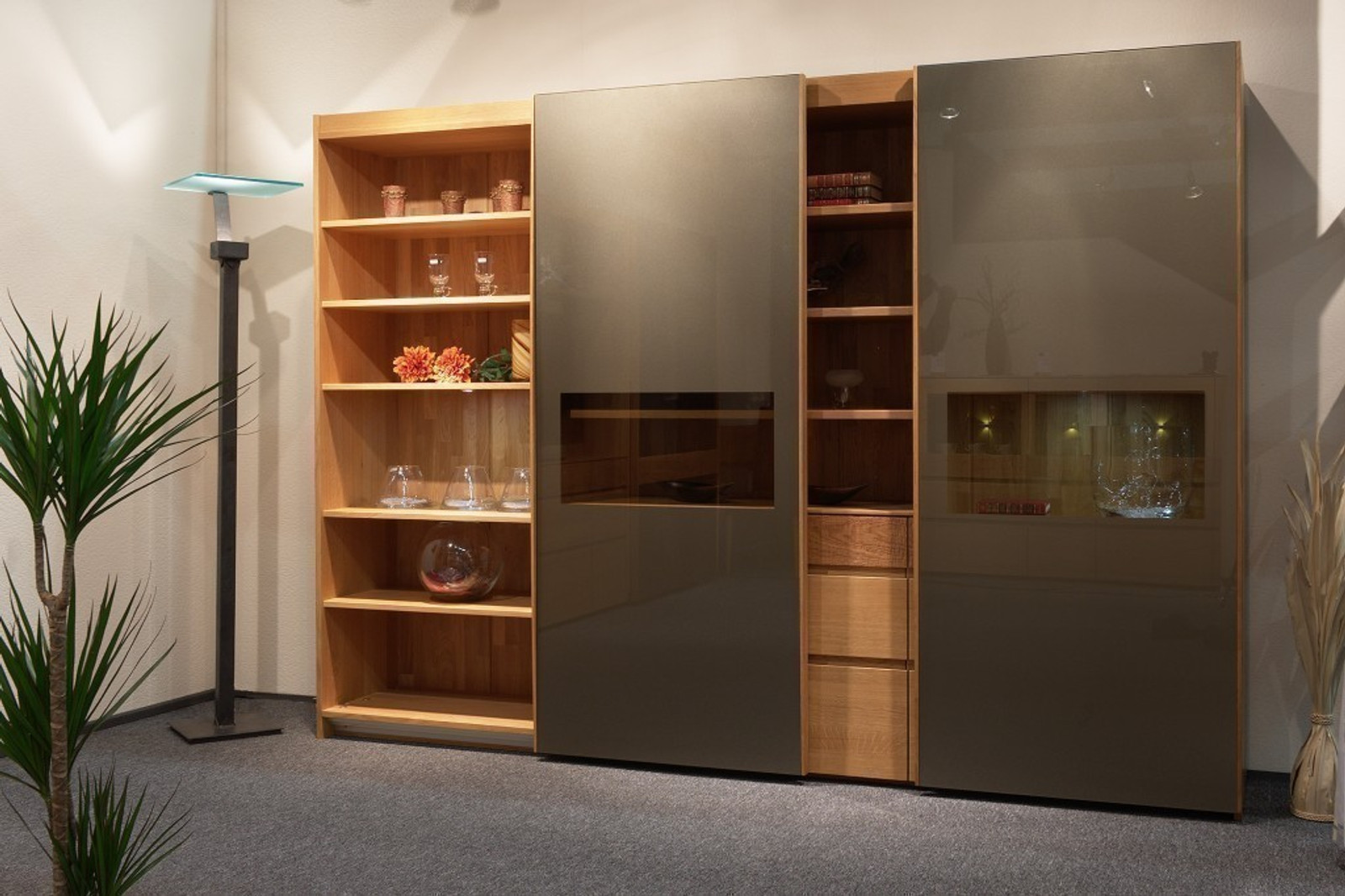 vollholz schrank moderna ar 284 mit 2 schiebet ren mit glasfront mit offenem regal eiche oder. Black Bedroom Furniture Sets. Home Design Ideas