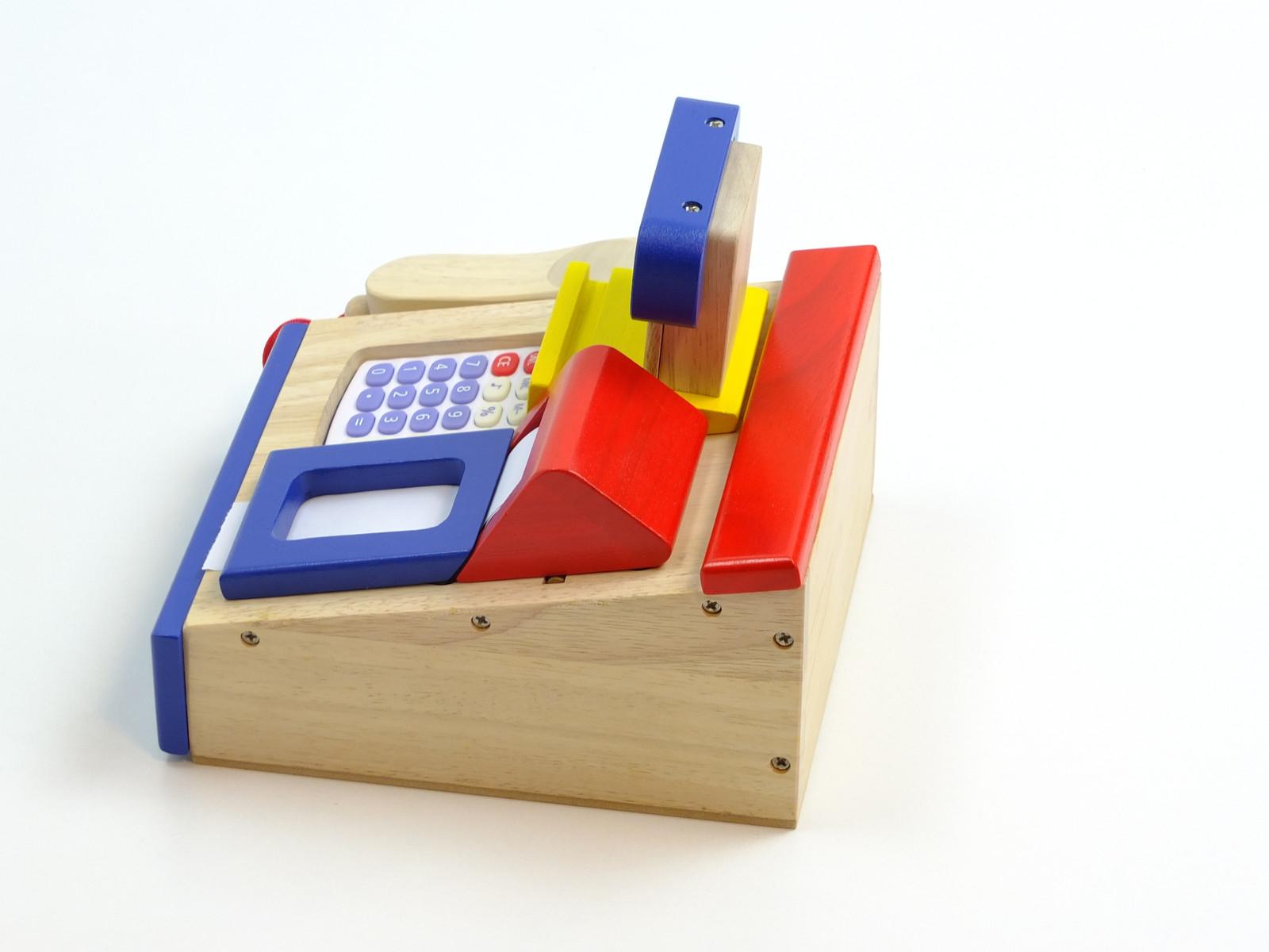 spielkasse aus holz mit integriertem taschenrechner mit sound bonrolle scanner geldst cke. Black Bedroom Furniture Sets. Home Design Ideas