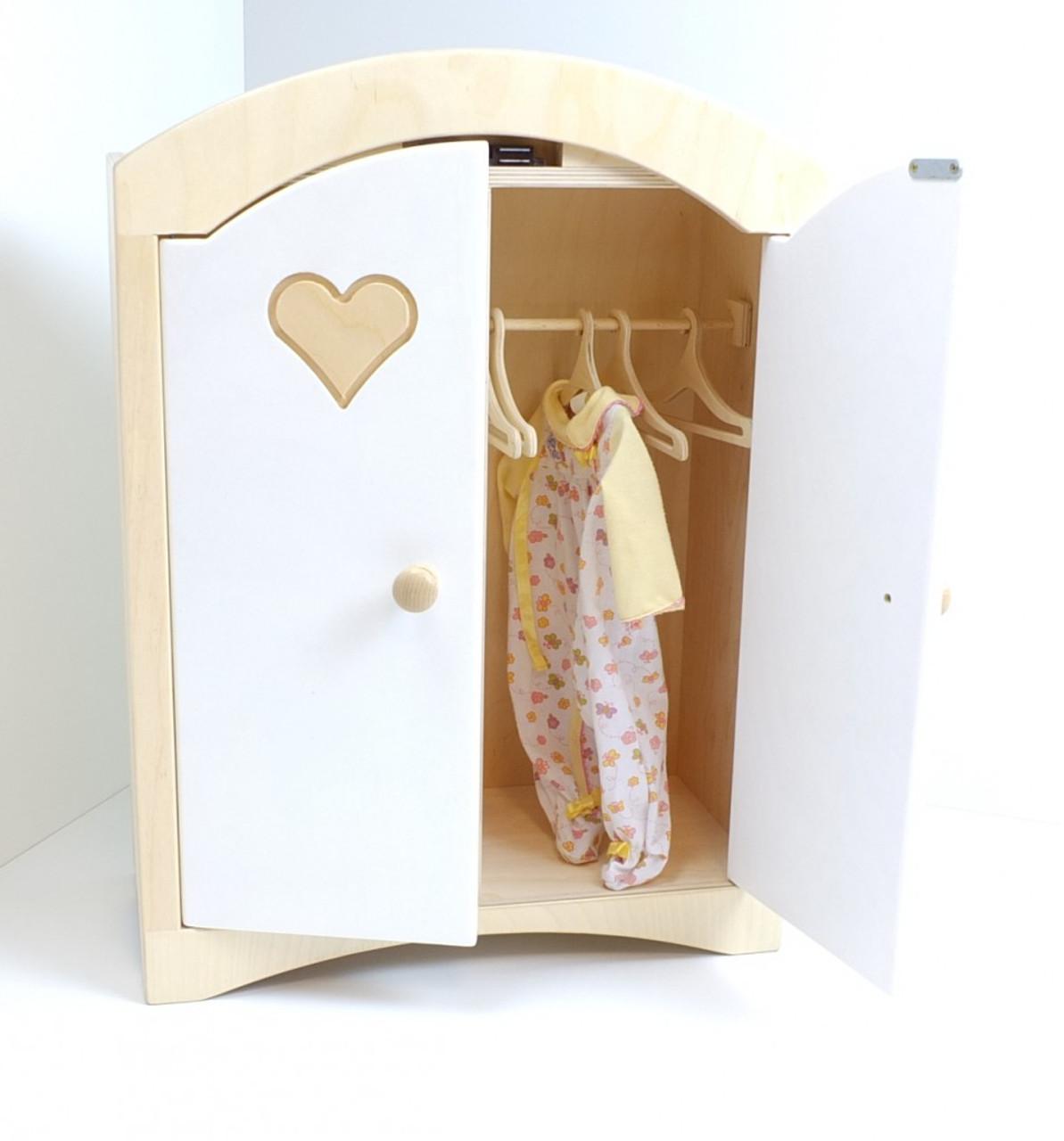 Puppenkleiderschrank inkl. 5 Kleiderbügeln / Material: Holz / Farbe ...