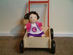 Lauflernwagen / Lauflernhilfe / Material: Holz / Farbe: natur+rot / Maße: ca. 55 x 30 x 50 cm / Griffhöhe in 2 Höhen verstellbar / für Kinder ab 1 Jahr