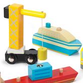 Hafen Set / 8-teilig: 1 Kreuzfahrtschiff, 1 Containerschiff, 1 Kran, 1 LKW, 1 Motorboot + 3 Container / Material: Holz / für Kinder ab 3 Jahren geeignet