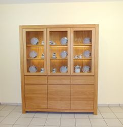 vitrinen anrichten. Black Bedroom Furniture Sets. Home Design Ideas