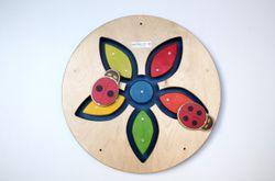 Wandspiel Blume / Schiebespiel / Material: Holz / Durchmeser: 48 cm / Made in Germany / 3+