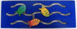 Wandspiel mit schiebbaren Fischen / Schiebespiel / Material: Holz / Maße: 74x28 cm / Made in Germany / 3+