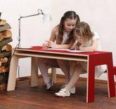 OSKARatWORK Tisch / Schreibtisch für Kinder -  Made in Germany - Design: Perludi - mit Ablagen unter der Platte - Diverse Farben