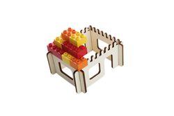 3D Puzzle für Bausteine  Haus  / Holzform 4-teilig / Abmessung: 17,8 x 14,6 x 9 cm / für Kinder ab 2 Jahre geeignet