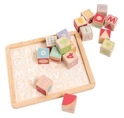 ABC Holzwürfel natur mit buntem Aufdruck / 30 Stück / Maße der Box: 23 x 27 x 4,5 cm / Maße der Würfel: 4 x 4 x 4 cm / für Kinder ab 1 - 2 Jahre und älter