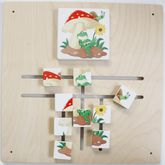 Schiebepuzzle Frosch/Pilz / Wandspiel / Material: Holz / Farbe: natur / Größe: 48 x 48 cm / Made in Germany / 3+