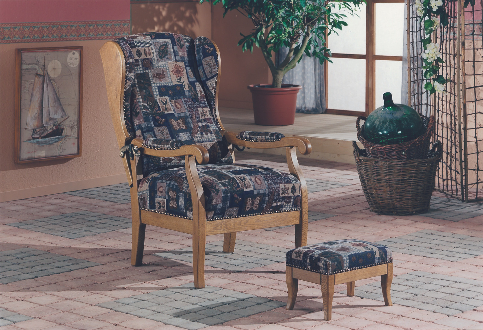 Hochlehner Sessel mit Hocker, hoher Sessel, Eiche massiv, gelaugt ...