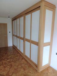 Haltern Kleiderschrank / Schlafzimmerschrank mit Schiebetüren - Glasfüllungen rückseitig weiß lackiert - Raumhoch - Eiche vollmassiv