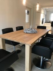 Esstisch / Esszimmertisch / Dining-Tisch / Tisch Variato mit Baumkante, Größe 200 x 100 cm /  der Masstisch in Eiche, Asteiche / Wildeiche, Buche oder Kirschbaum massiv 4-Fuß