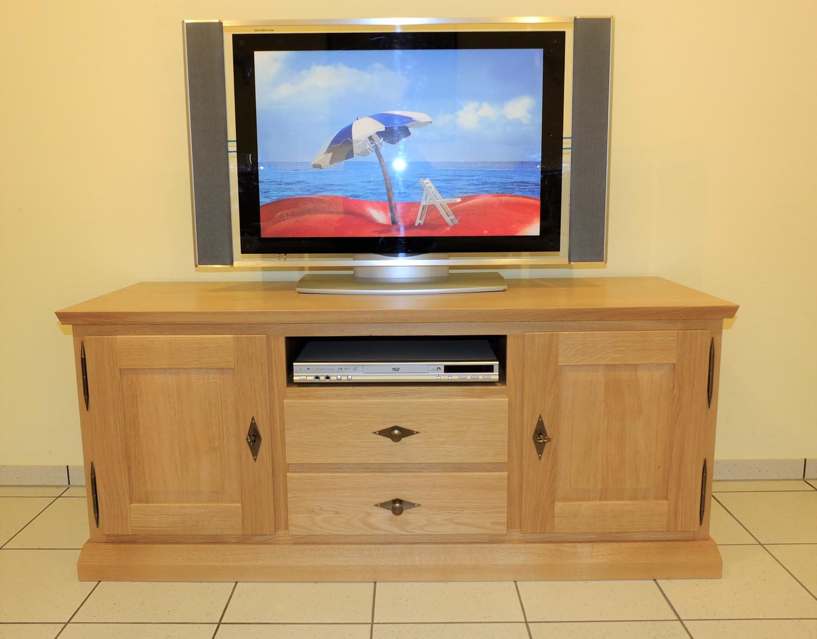 Malta Tv Lowboard Anrichte Breite 140 Cm Hohe 60 Cm Mit Geratenische Und 2 Schubladen Moderner Landhausstil Eiche Massiv Auch In Buche Oder