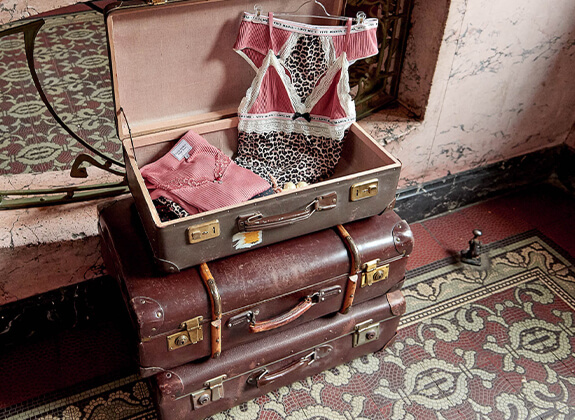 LINGERIE Seductive Lingerie Sets In love with remarkable details...