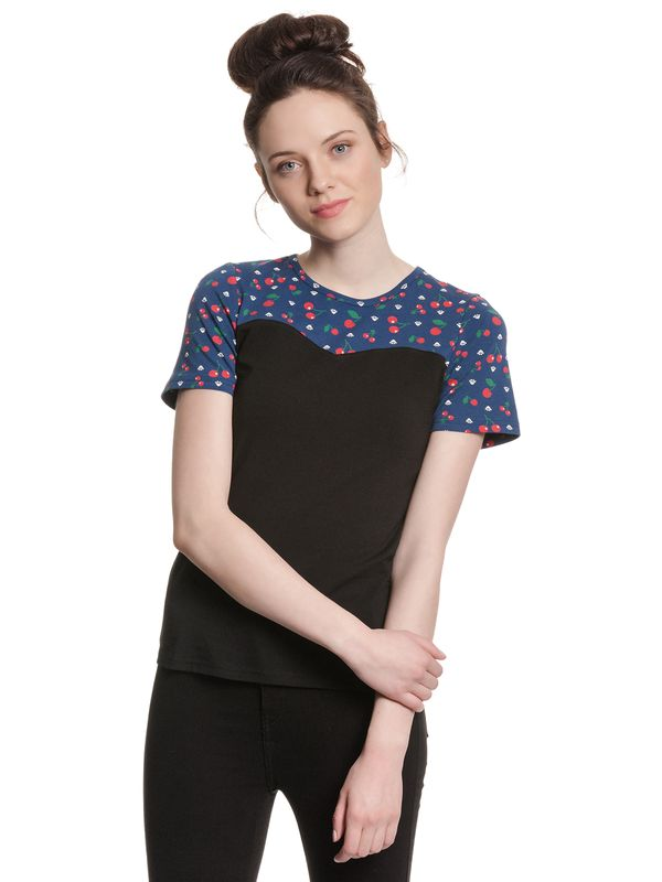 Pussy Deluxe Cat Paws & Cherries Girl Basic Shirt black/blue allover Ansicht