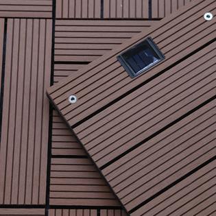 WPC Holzfliesen Hellbraun mit LEDs - 22x Stück – Bild 3
