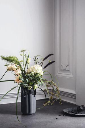 Lyngby Vase schwarz mit Laufglasur – Bild 1