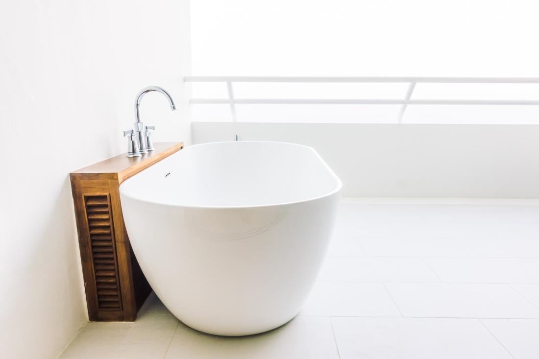 Freistehende Badewanne – Damals und Heute