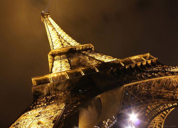 XXL Poster Fototapete Eiffelturm Sepia bei Nacht 160x115cm