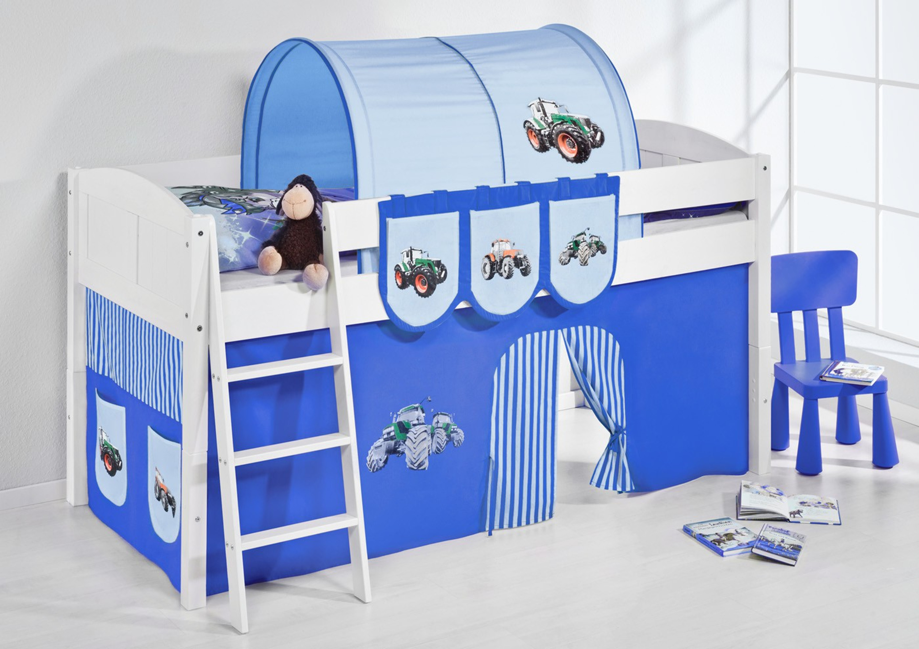 spielbett trecker blau wei mit vorhang 4106 m bel baby kinderzimmer hochbetten. Black Bedroom Furniture Sets. Home Design Ideas