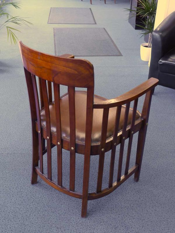 Armlehnstuhl Konferenzstuhl Sitzmöbel Mahagoni mit braunem Leder (2389) – Bild 2