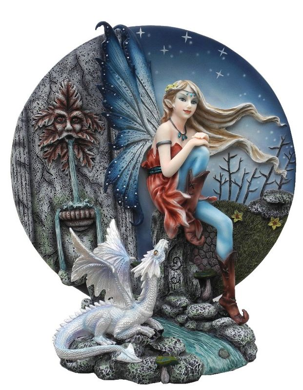 Stehrelief Figur der Fee Eden mit Drachen aus Kunststein Handbemalt (3483)