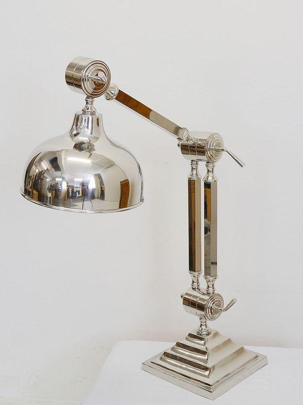 Tischlampe Stehlampe Industrielampe Bauhausstil aus vernickelten Metall (3864) – Bild 1