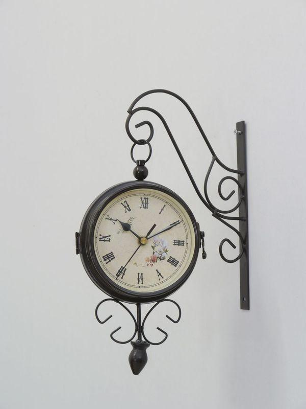 Uhr Uhrwerk Wanduhr mit zwei Zifferblätter mit Wandhalterung aus Metall (4503) – Bild 1