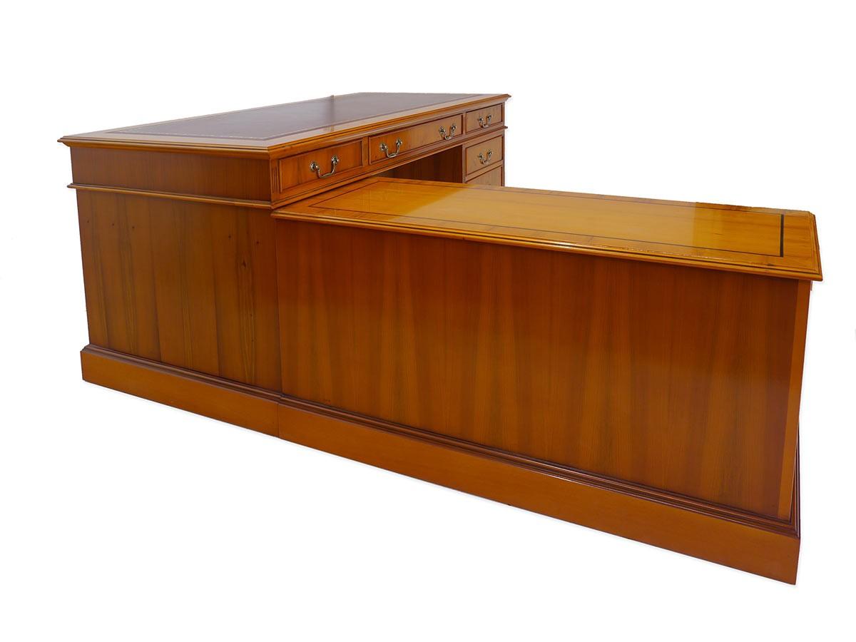 schreibtisch eckschreibtisch b rom bel englischer stil aus eibe furniert 5235 m bel. Black Bedroom Furniture Sets. Home Design Ideas